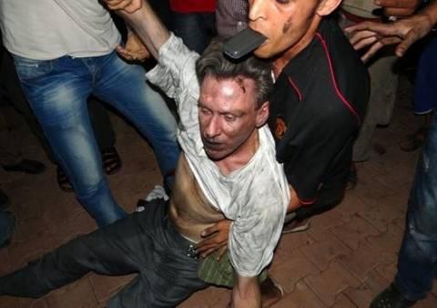 Στη δημοσιότητα 100 e-mail που αφορούν την επίθεση στη Βεγγάζη