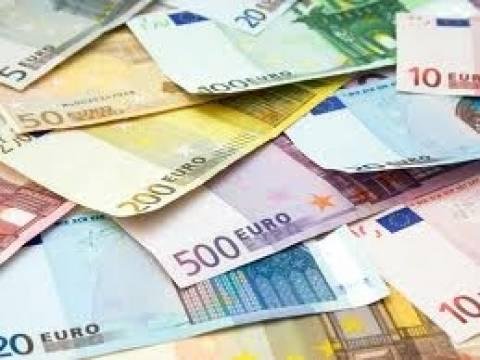 Δημόσιος υπάλληλος με μισθό 175.000 ευρώ