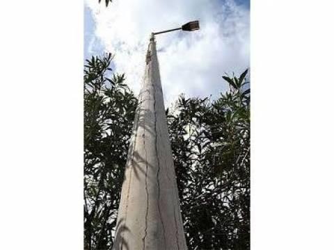 Χανιά: Οι ισχυροί άνεμοι «σήκωσαν» κολώνα της ΔΕΗ
