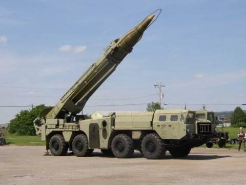 Αντιδράσεις από ΗΠΑ για την αποστολή ρωσικών πυραύλων στη Συρία