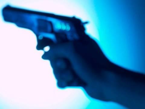 Έλυσε με… όπλο τις κτηματικές διαφορές