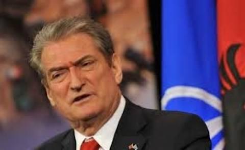 Αργυρόκαστρο: Προεκλογική ομιλία σε Έλληνες , Ρουμάνους και Ρομά