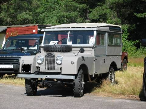 Land Rover: 65 χρόνια Defender