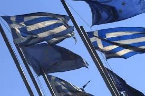 La Republica: «Η Ελλάδα βλέπει το τέλος του τούνελ»