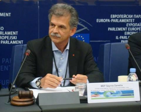 Αίρεται η ασυλία του Ευρωβουλευτή του ΠΑΣΟΚ Σπύρου Δανέλλη