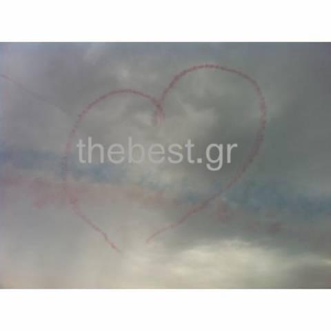 Τα Red Arrows «ζωγράφισαν» τον ουρανό της Πάτρας (pics-vid)