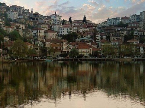 SZ: Μεταβάλλεται ο ελληνικός τουρισμός