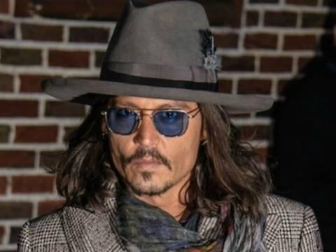 Δείτε το Johny Depp σε δείπνο με την αγαπημένη του
