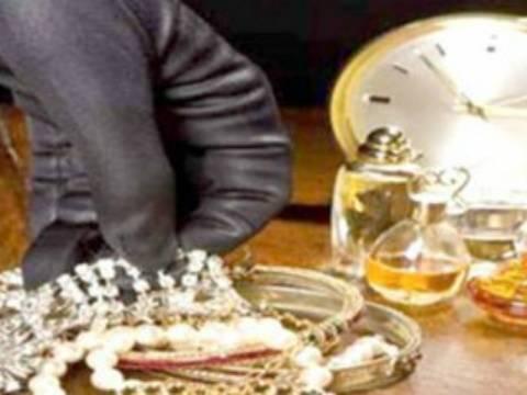 Κοσμήματα 13.000 ευρώ «έκαναν φτερά» από ενεχυροδανειστήριο