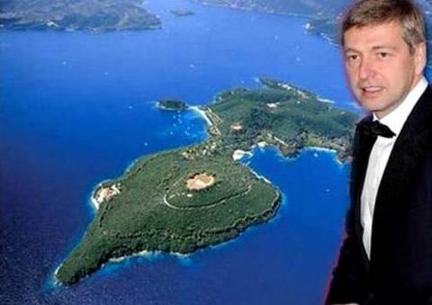 Η έρευνα ΣΔΟΕ για τον Σκορπιό και η επίσκεψη Ριμπολόλεφ