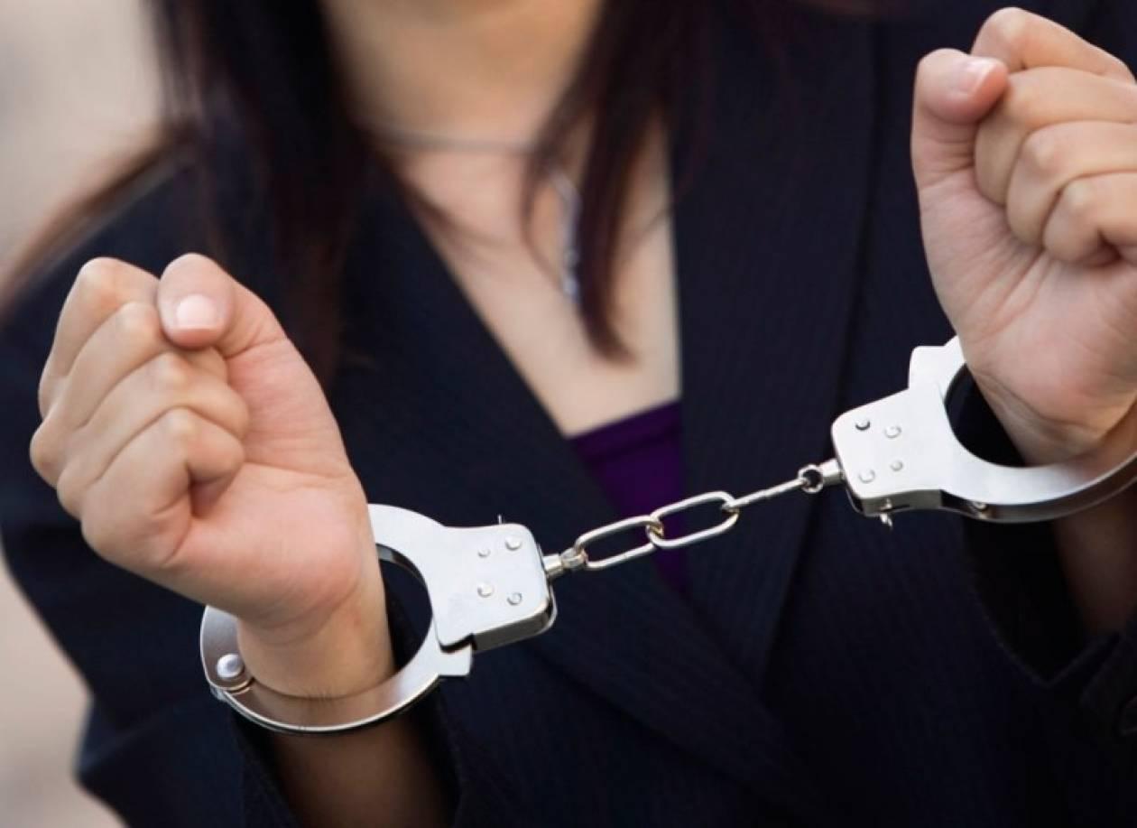 Σύλληψη 56χρονης για πρόκληση σοβαρής μόλυνσης στο περιβάλλον