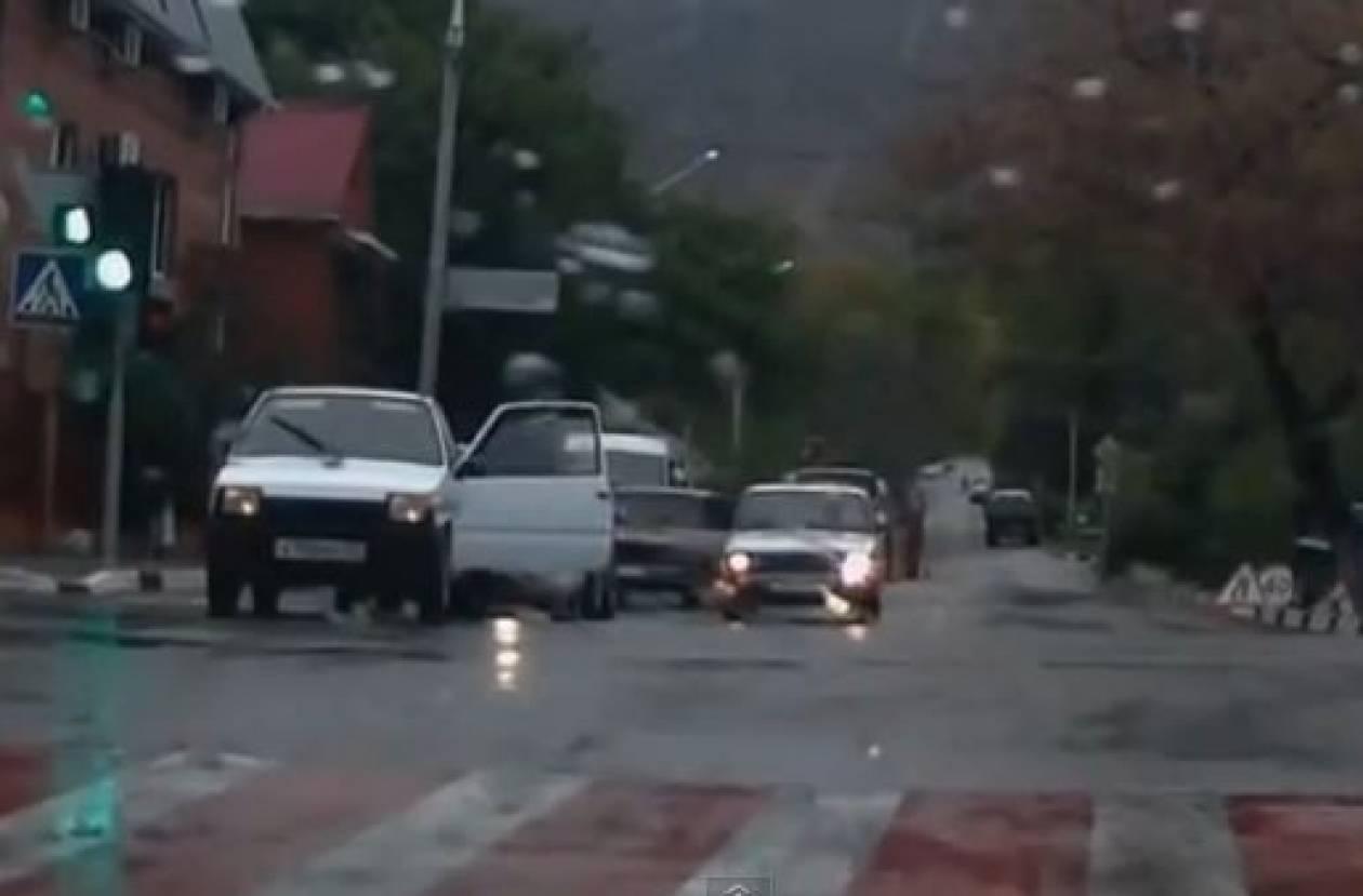 Το βίντεο από τη Ρωσία που έκανε όλο τον κόσμο να δακρύσει!
