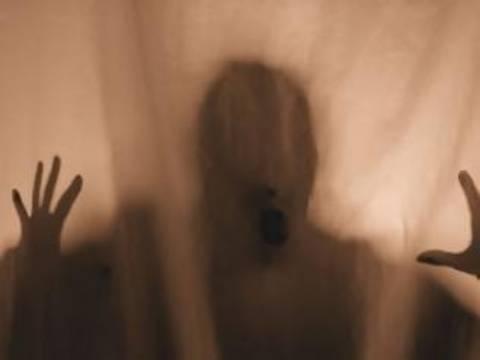 Άκουγε πατημασιές και νόμιζε ότι μπήκαν φαντάσματα...
