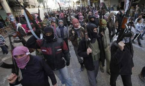Η Γαλλία αποφασισμένη να στηρίξει τους Σύρους αντάρτες