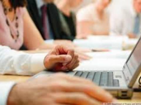 Από «κόσκινο» 600.000 δημόσιοι υπάλληλοι για πλαστά πτυχία