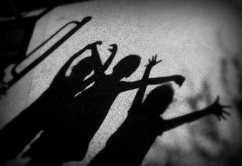 ΣΟΚ στην Καλαμάτα: Μητέρα άφησε τα παιδιά της στο Τμήμα γιατί ήταν...