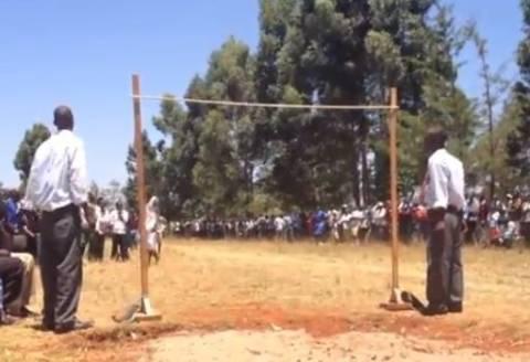 Βίντεο: Άλμα εις ύψος με στυλ Κένυας