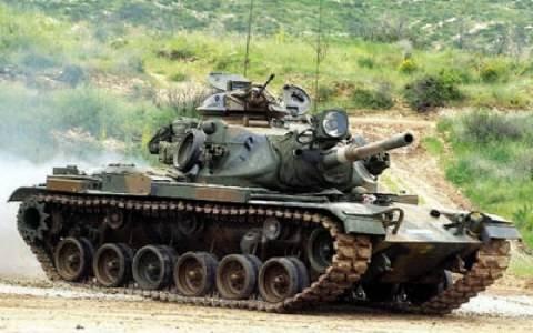 ΤΩΡΑ: Τεθωρακισμένα του ελληνικού στρατού στο Μακρυχώρι