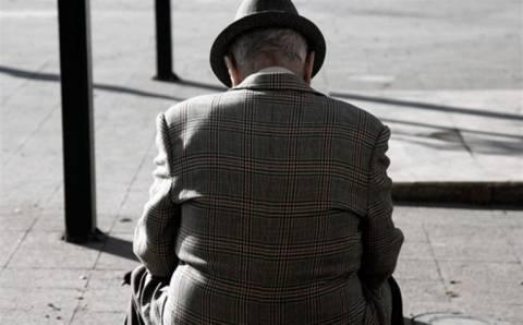 ΥΠΟΙΚ: Εως 10 Ιουνίου οι συνταξιούχοι να δώσουν ΑΜΚΑ/ΑΦΜ