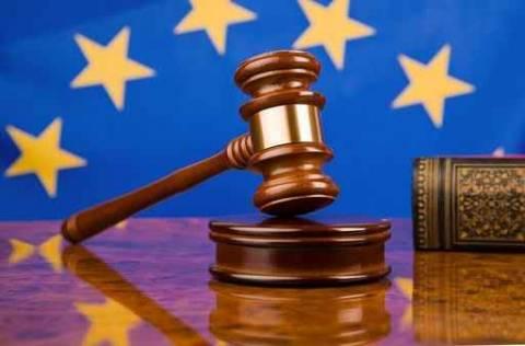 Ευρωπαϊκό Δικαστήριο: Ο αιτών άσυλο μπορεί να παραμένει υπό κράτηση
