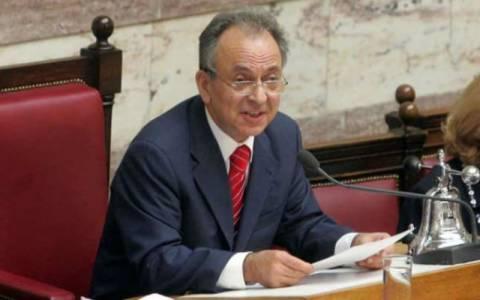 Σιούφας: Να δοθεί η ελληνική ιθαγένεια στον Ζαν Κλοντ Γιουνκέρ