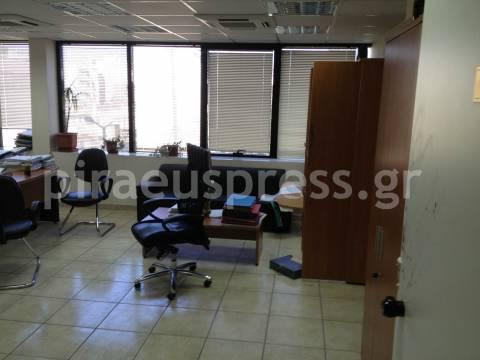 Άδειασαν τα γραφεία της Πολεοδομίας Πειραιά - Αποκλειστική δήλωση