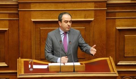 Ένταση στη Βουλή για το κατεπείγον στους υπερχρεωμένους