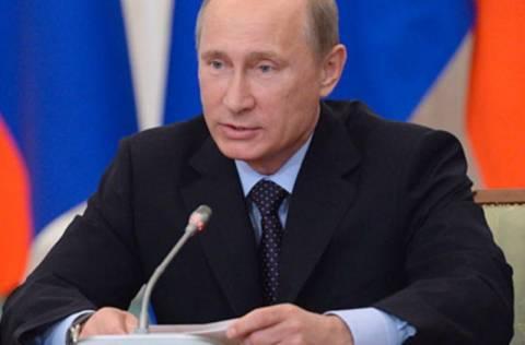 Πούτιν: Δεν παραδόθηκαν ακόμα οι S 300 στη Συρία