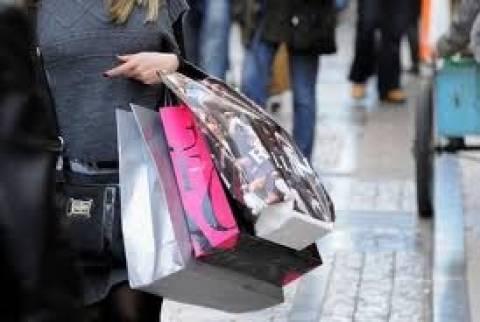 Μείωση όγκου λιανικού εμπορίου στην ΕΕ τον Απρίλιο