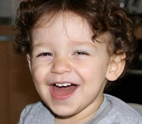 ΣΟΚ: Ξέχασε τον 2χρονο γιο του στο αυτοκίνητο και τον βρήκε νεκρό