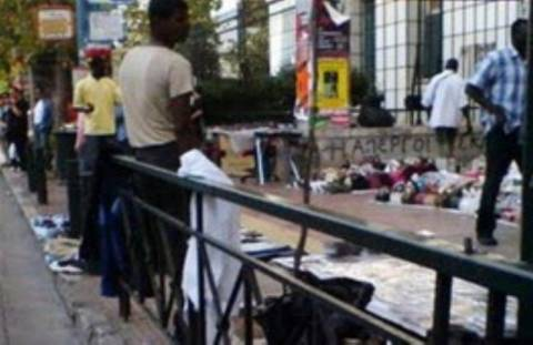 Αλλοδαποί μικροπωλητές πέταξαν πέτρες σε τηλεοπτικό συνεργείo