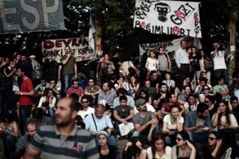 Τουρκία: Αγνόησαν την έκκληση του Ερντογάν οι διαδηλωτές