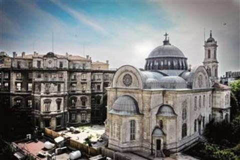 Πώς τα σχέδια Ερντογάν απειλούν το σύμβολο της Ορθοδοξίας στην Ταξίμ