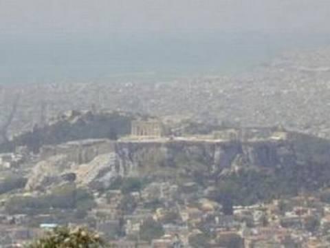 Προσοχή: Στο «κόκκινο» οι τιμές του όζοντος στην Αθήνα