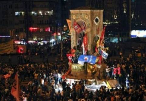 Τουρκία: Η αστυνομία θα συνεχίσει τις επιχειρήσεις στην πλατεία Ταξίμ