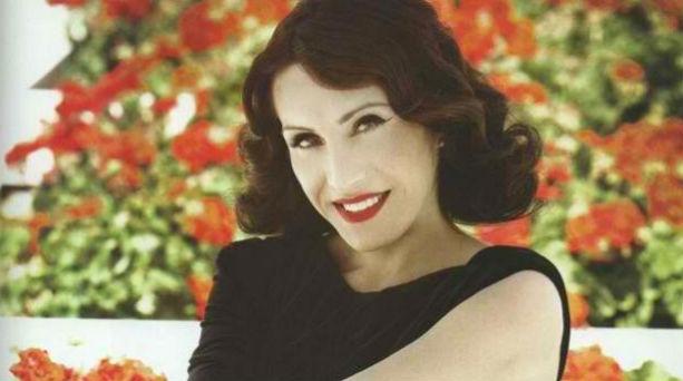 Πασίγνωστη Ελληνίδα ηθοποιός: «Κοιμόμουν στα παγκάκια»