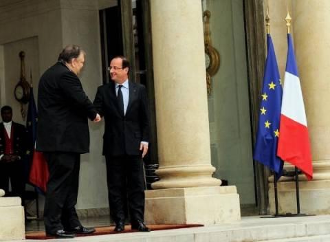 Στο Παρίσι ο Βενιζέλος – Συνάντηση με Ολάντ και Ερό