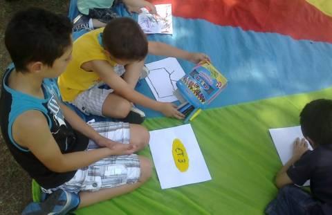 ΕΡΤ: Οι μικροί φίλοι ζωγραφίζουν για την κρατική τηλεόραση (pics)!