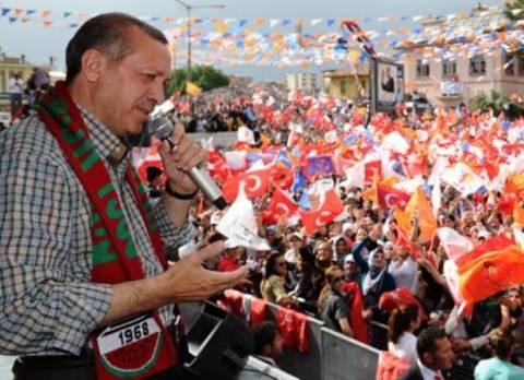 Τουρκία: «Βούλιαξε» η Κωνσταντινούπολη από τους οπαδούς του Ερντογάν