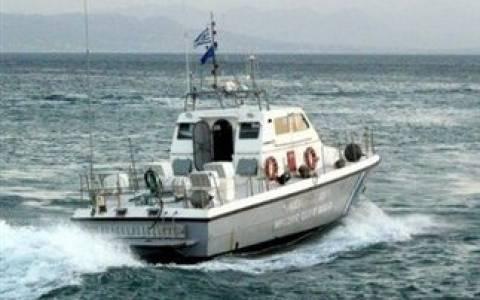 Συναγερμός: Σκάφος προσάραξε ανοιχτά της Ντίας
