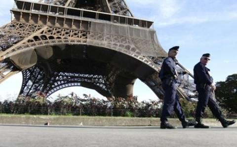 Γαλλία: Ήθελε να πηδήξει από τον πύργο του Άιφελ