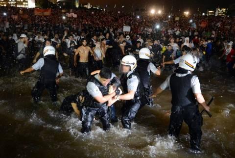 Βραζιλία: Νεκρός διαδηλωτής στο Σάο Πάολο