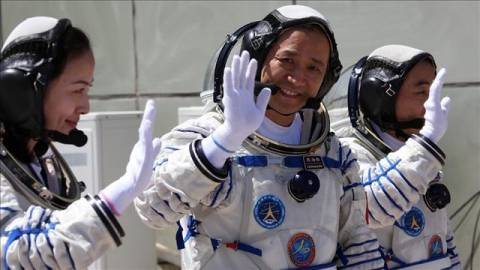 Επέστρεψε στη Γη διαστημική αποστολή της Κίνας