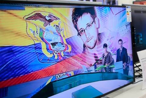 «Λαβράκι» ο Σνόουντεν για τις ρωσικές μυστικές υπηρεσίες