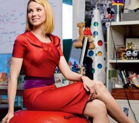 Έλληνας «βρωμόγερος» έκανε... καμάκι στην 38χρονη πρόεδρο της Yahoo