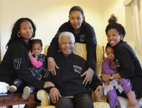 Κόρη Μαντέλα: «Μόνο ο Θεός ξέρει πότε θα φύγει»