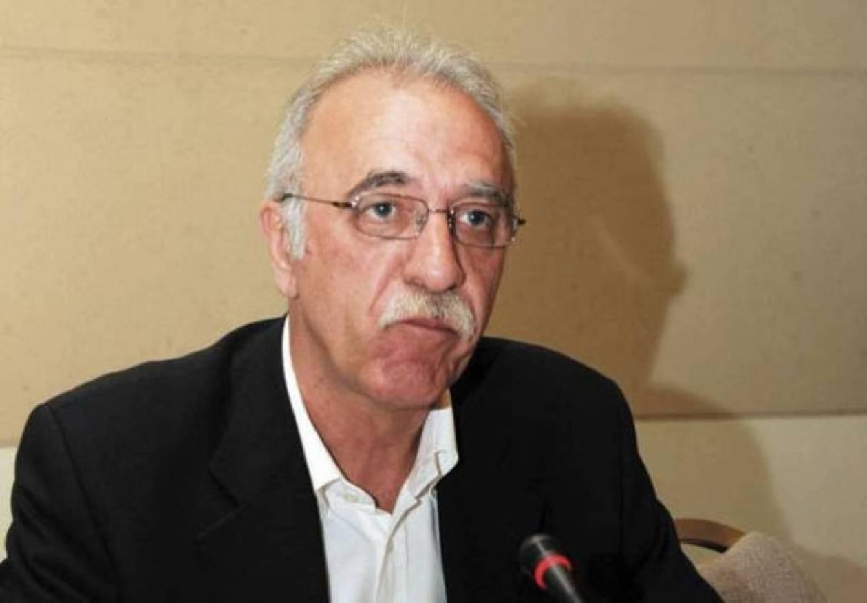 Συνέδριο ΝΔ: Χαιρετισμοί από Δ. Βίτσα και Ν. Ανδρουλάκη
