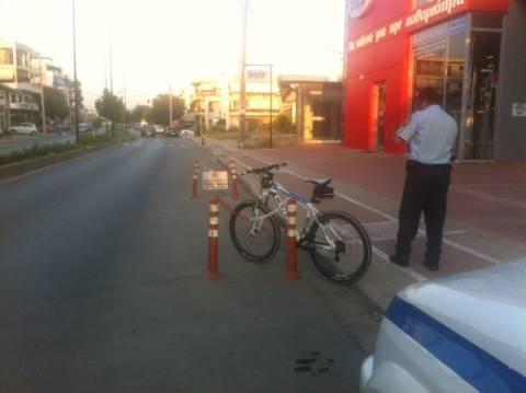 Λαμία: Οδηγός παρέσυρε ποδηλάτισσα και την εγκατέλειψε