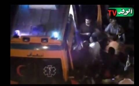 Βίντεο: Η μεταφορά της δημοσιογράφου σε ασθενοφόρο μετά τον βιασμό