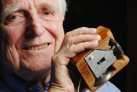 Πέθανε ο εφευρέτης του «ποντικιού» Ντάγκλας Ένγκελμπαρτ